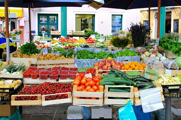 Farmers Markets A Guide To Making The Most Of Local Summer Markets - The 10 freshest farmers markets in canada