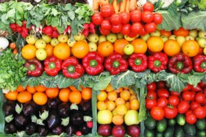 Stretching Your Grocery Dollar with Seasonal Summer Produce