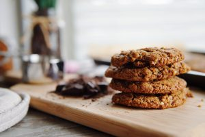 Simple almond butter cookies